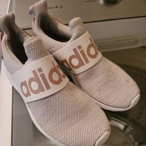 Adidas shoes READ DESCRIPTION